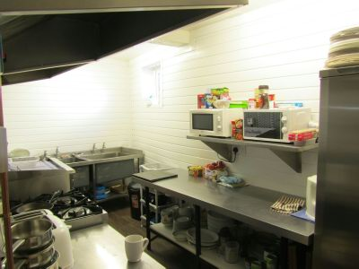 catering-kitchen-food-industry-benefits-stainless-steel
